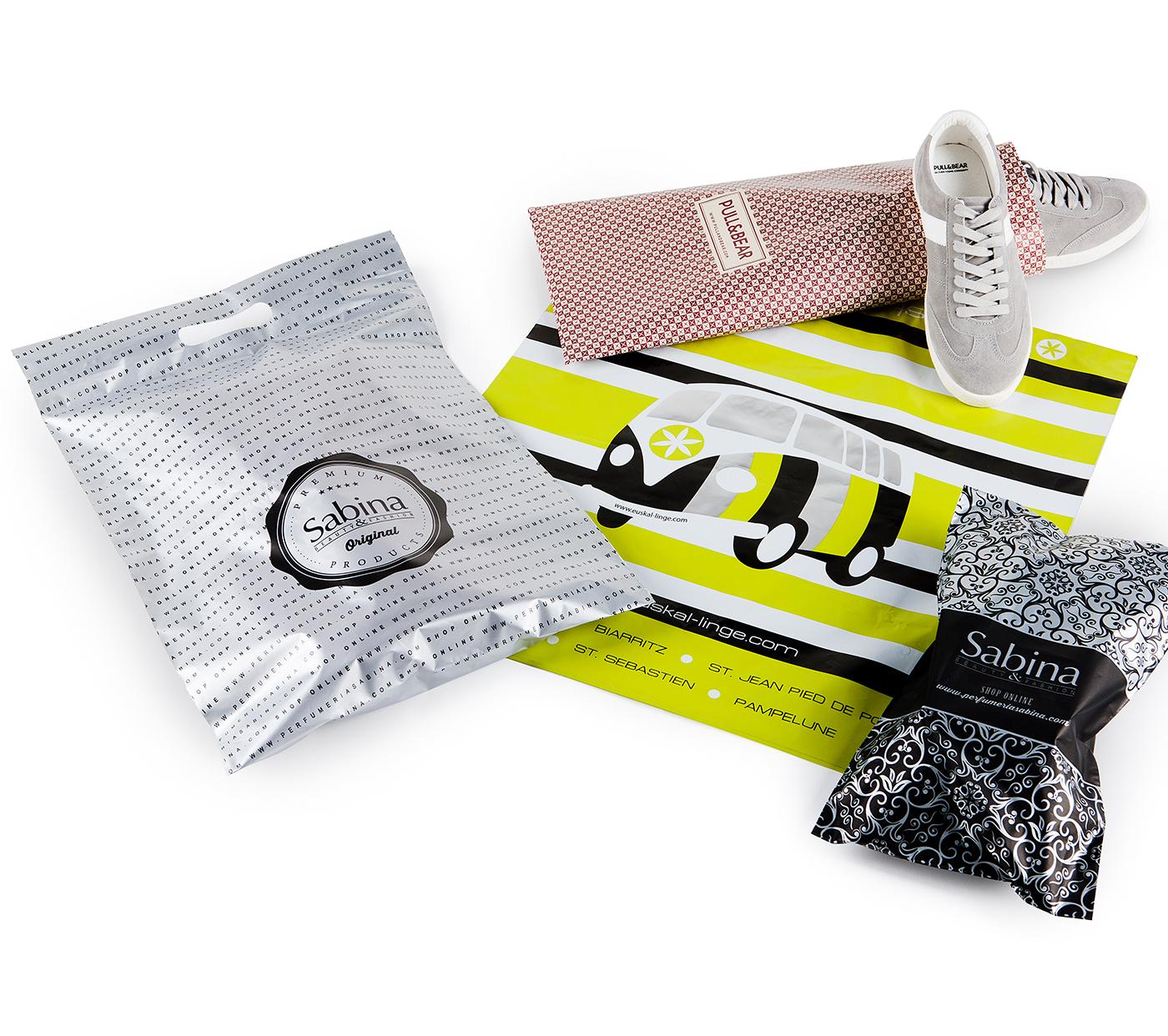 Pochettes cadeau en d'autres matériaux